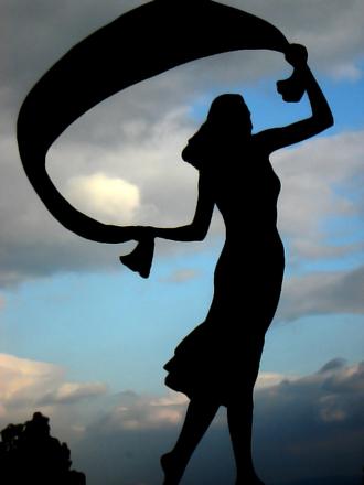statue-1234412